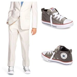 Converse Chuck Taylor All Star Padded Mid Sneaker